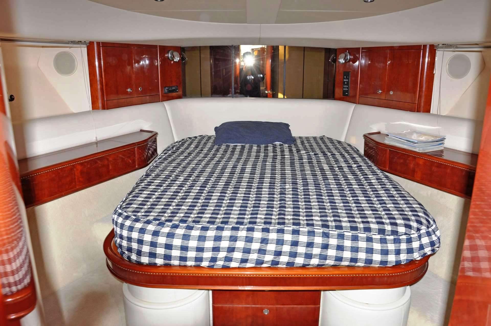 maria vek master stateroom_valef -  Valef Yachts Chartering - 5450