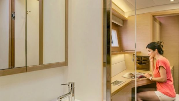 my office catamaran dressing room_valef -  Valef Yachts Chartering - 5441