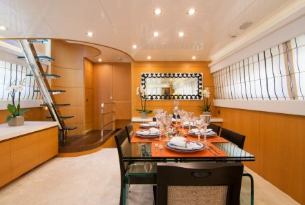 taylne dining (3)_valef -  Valef Yachts Chartering - 5341