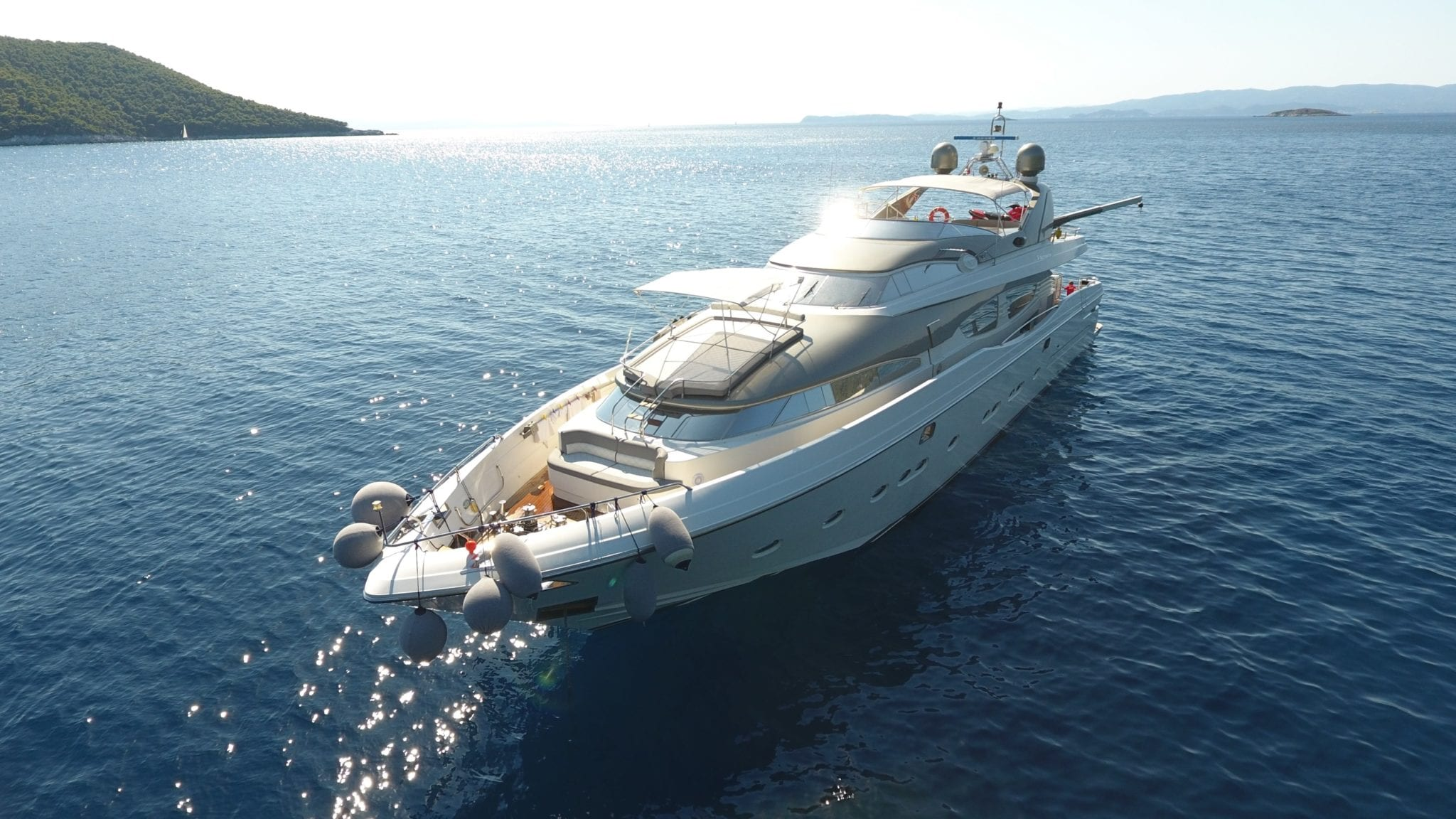 charter yacht Albator 2 aerial view