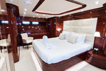 albator motor yacht cabin -  Valef Yachts Chartering - 3869