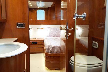 amoraki motor yacht master bath min -  Valef Yachts Chartering - 5029