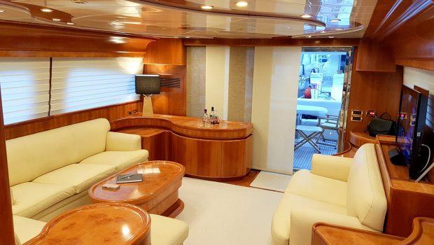 amoraki motor yacht salon (4) min -  Valef Yachts Chartering - 5048