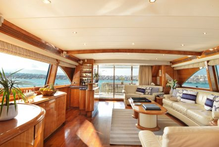 atalanti motor yacht salon (2)_valef -  Valef Yachts Chartering - 5217