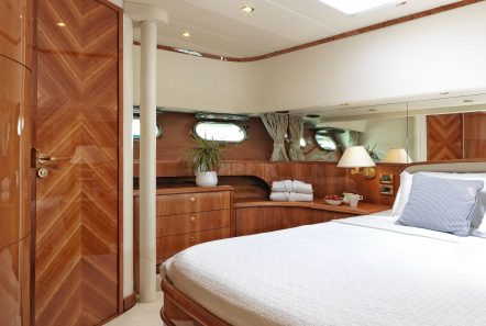 atalanti motor yacht vip stateroom_valef -  Valef Yachts Chartering - 5213