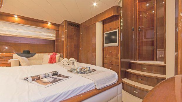 beluga motor yacht stateroom (1) min -  Valef Yachts Chartering - 3759