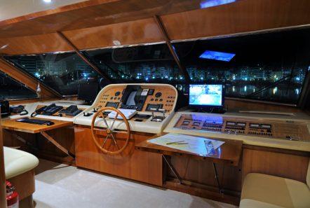blu sky canados bridge -  Valef Yachts Chartering - 4367