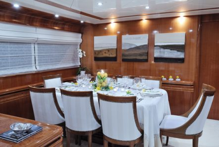 blu sky canados dining (2) -  Valef Yachts Chartering - 4365
