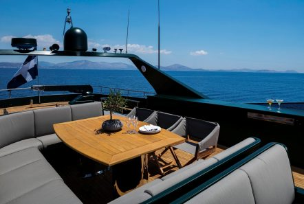 cant remember motor yacht sundeck (1) min -  Valef Yachts Chartering - 4674