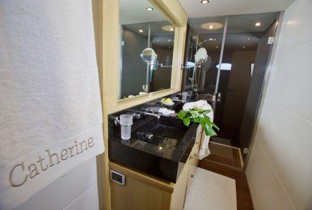 catherine motor yacht master bath (2)_valef -  Valef Yachts Chartering - 5176