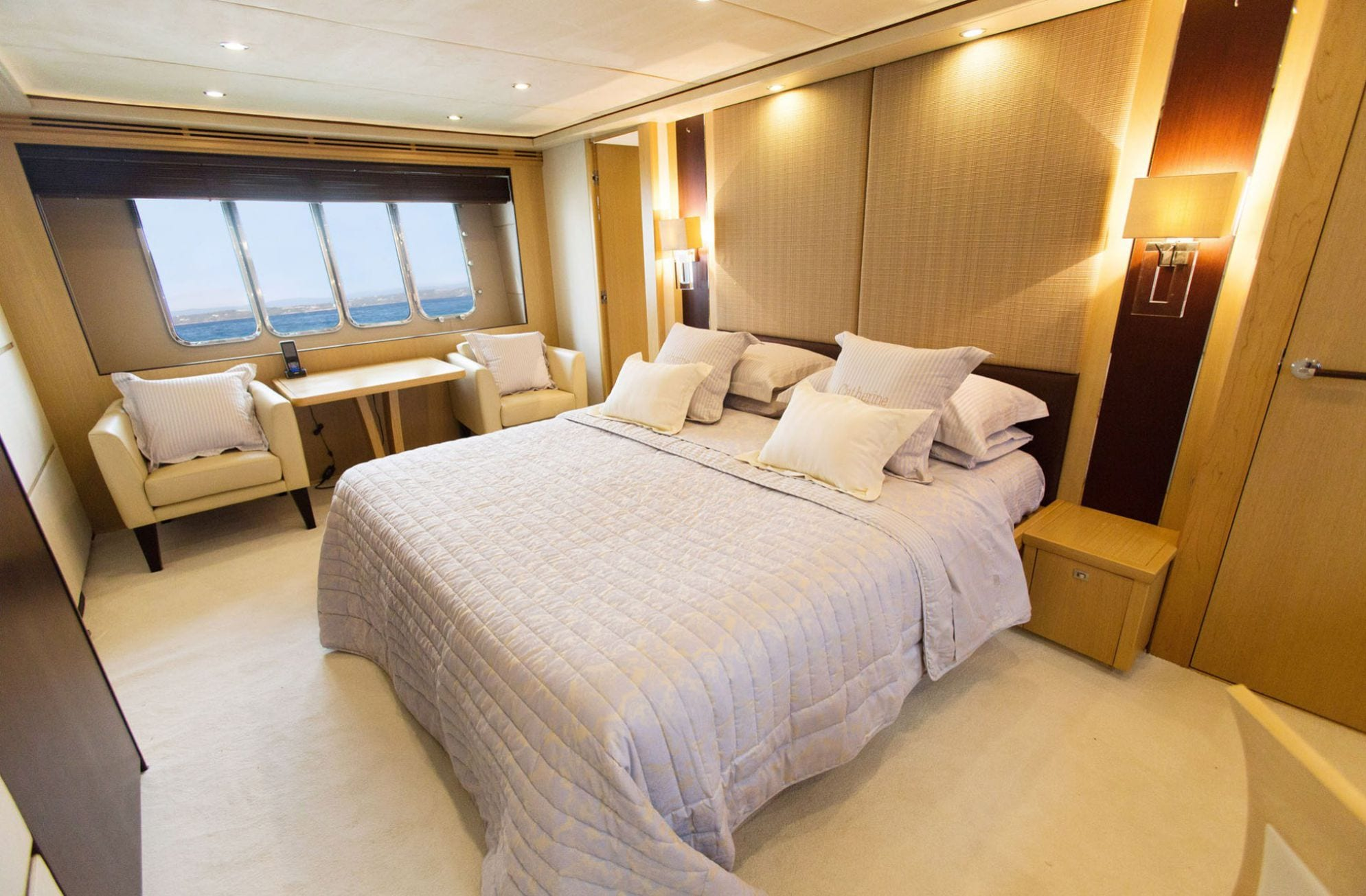 catherine motor yacht master stateroom (1)_valef -  Valef Yachts Chartering - 5175