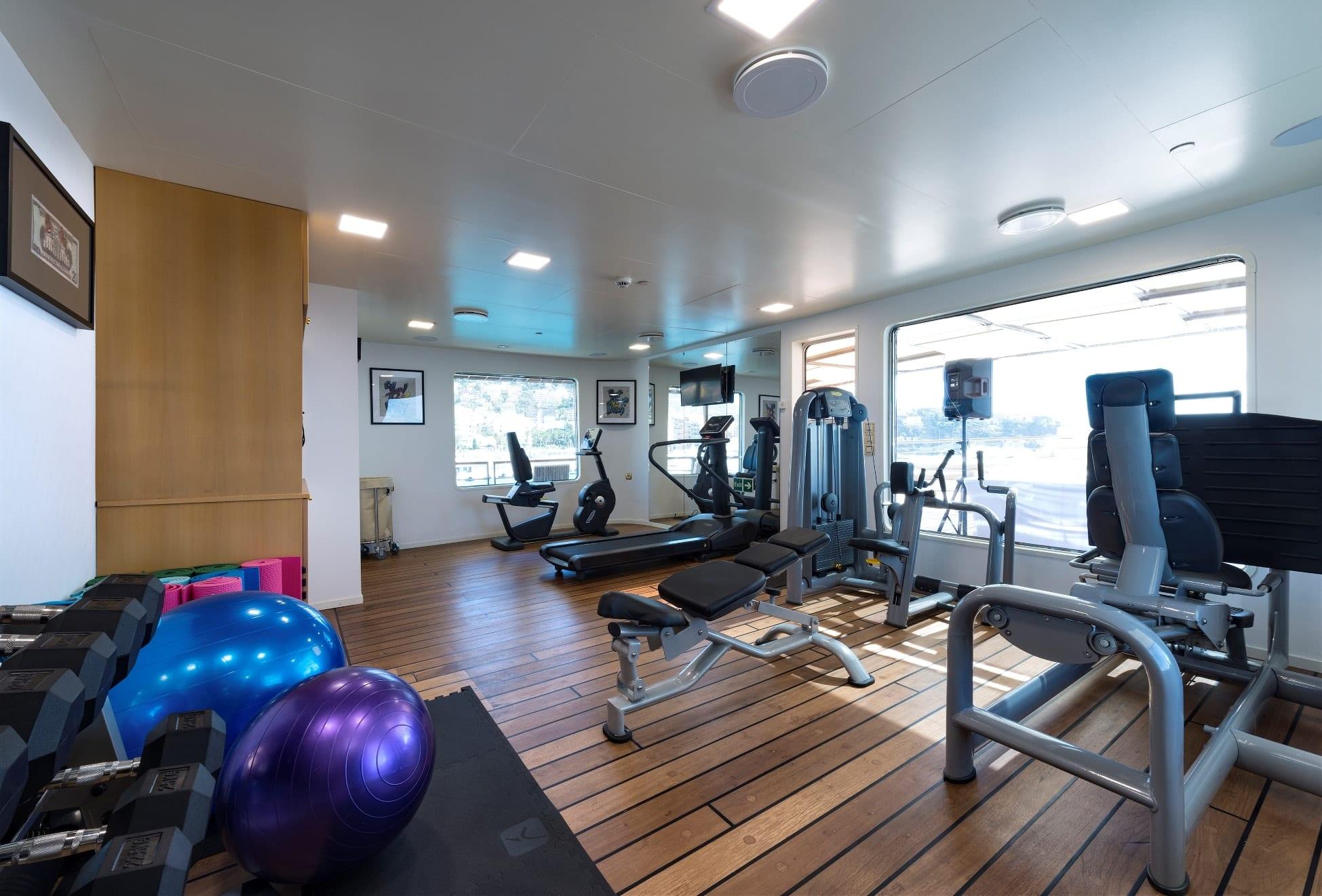 chakra superyacht gym (2) min - Valef Yachts Chartering - 4597
