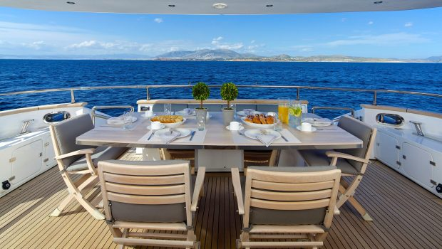 cudu motor yacht dining ext min -  Valef Yachts Chartering - 4803