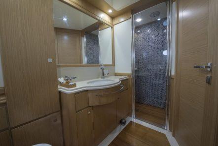 dana motor yacht baths (4) -  Valef Yachts Chartering - 4275