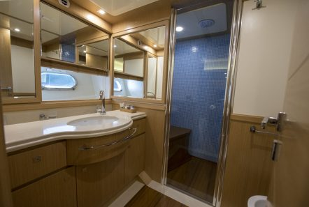 dana motor yacht baths -  Valef Yachts Chartering - 4274