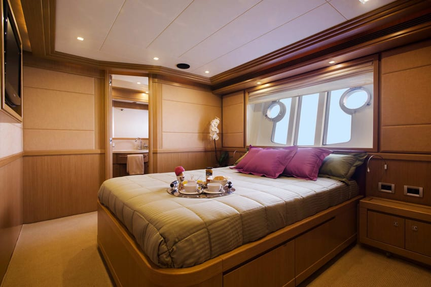 dana motor yacht double -  Valef Yachts Chartering - 4264