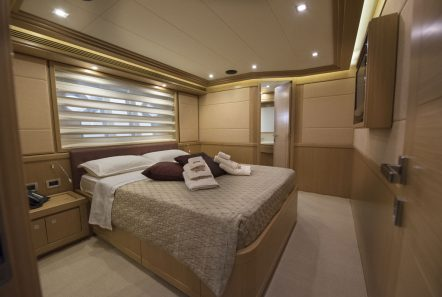 dana motor yacht doubles (1) -  Valef Yachts Chartering - 4263