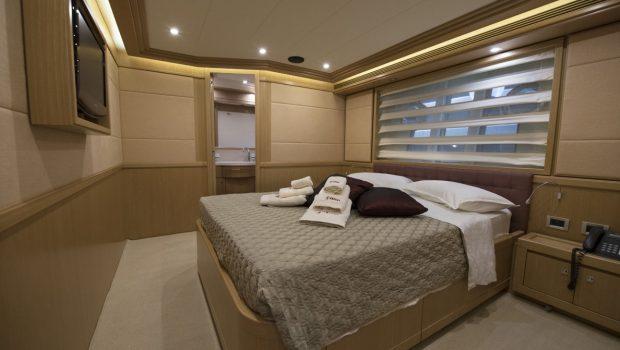 dana motor yacht doubles (2) -  Valef Yachts Chartering - 4262