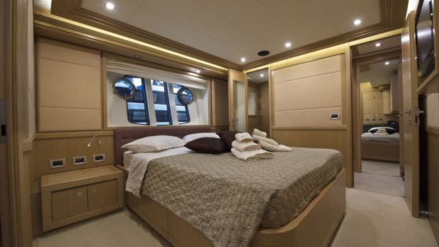 dana motor yacht doubles (3) -  Valef Yachts Chartering - 4261