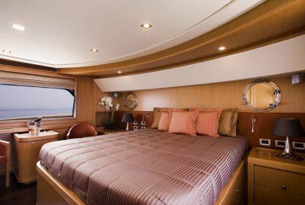 dana motor yacht master suite -  Valef Yachts Chartering - 4296