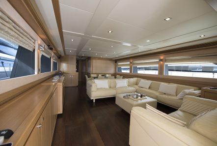 dana motor yacht salon -  Valef Yachts Chartering - 4295