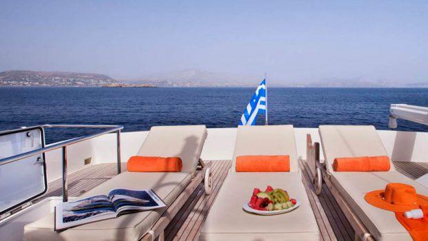 dana motor yacht sunbeds -  Valef Yachts Chartering - 4289