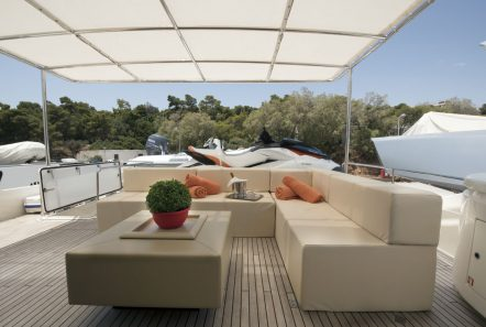 dana motor yacht sundeck -  Valef Yachts Chartering - 4288
