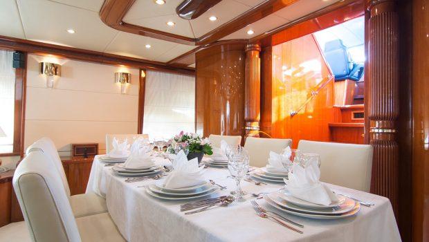 dream b motor yacht dining (1) min -  Valef Yachts Chartering - 4777