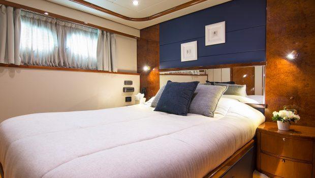 dream b motor yacht double stateroom (1) min -  Valef Yachts Chartering - 4775