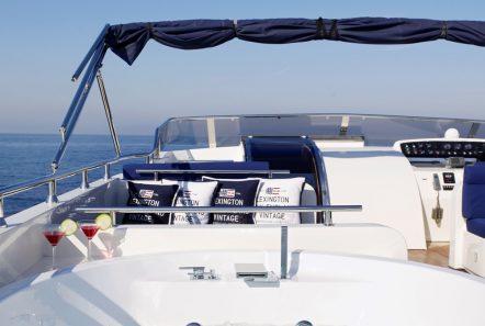 dream b motor yacht jacuzzi min -  Valef Yachts Chartering - 4772