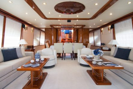 dream b motor yacht salon (1) min -  Valef Yachts Chartering - 4765