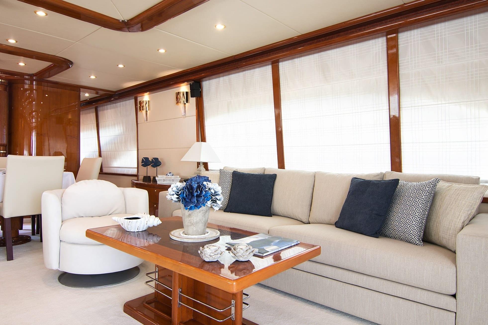 dream b motor yacht salon (2) min -  Valef Yachts Chartering - 4764