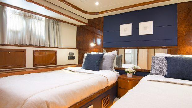 dream b motor yacht twin min -  Valef Yachts Chartering - 4760