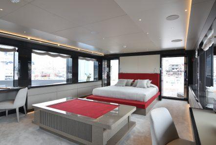 eden mega yacht master suite (1) min -  Valef Yachts Chartering - 4914