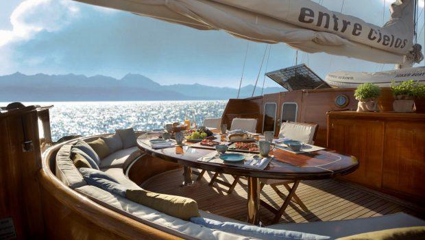 entre cielos gullet dining al fresco (3) min -  Valef Yachts Chartering - 3846