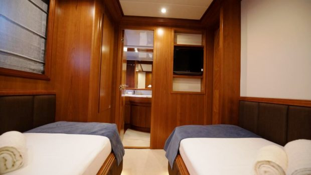 freedom motor yacht twin cabins (1) -  Valef Yachts Chartering - 0574