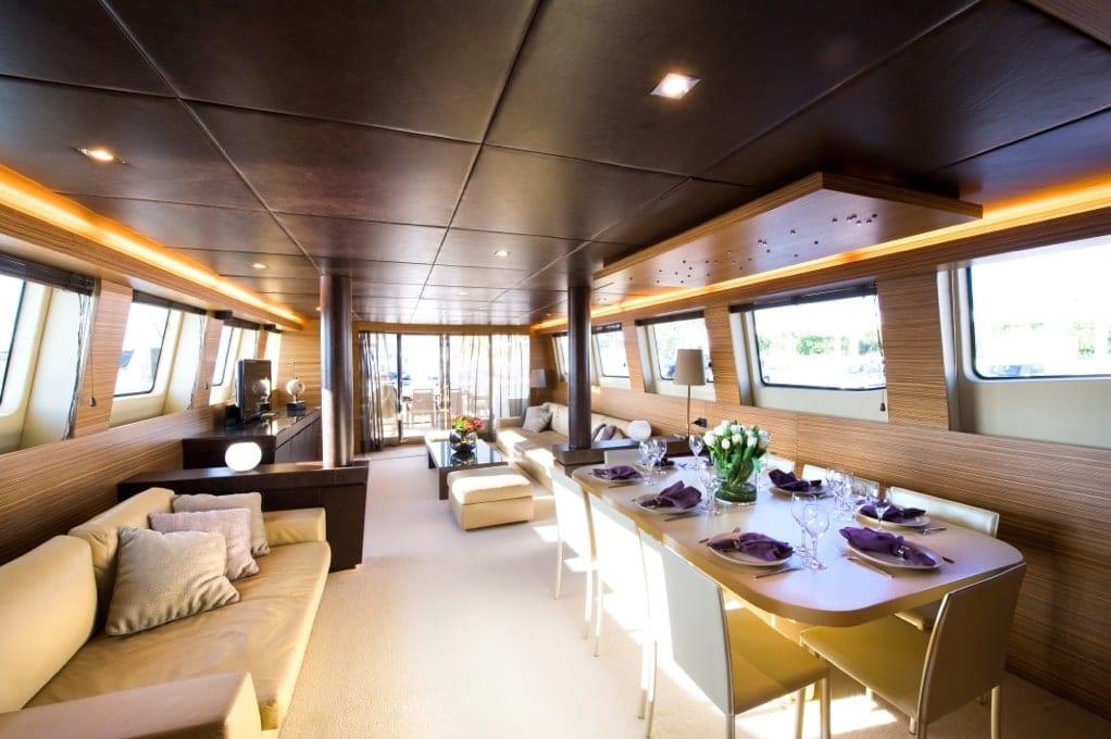 gioe i motor yacht salon min -  Valef Yachts Chartering - 4100