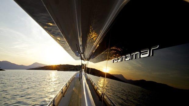 gioe i motor yacht side min -  Valef Yachts Chartering - 4099