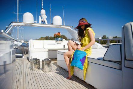 gioe i motor yacht sundeck min -  Valef Yachts Chartering - 4098
