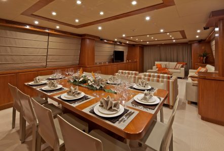 helios motor yacht salon and dining min -  Valef Yachts Chartering - 4561