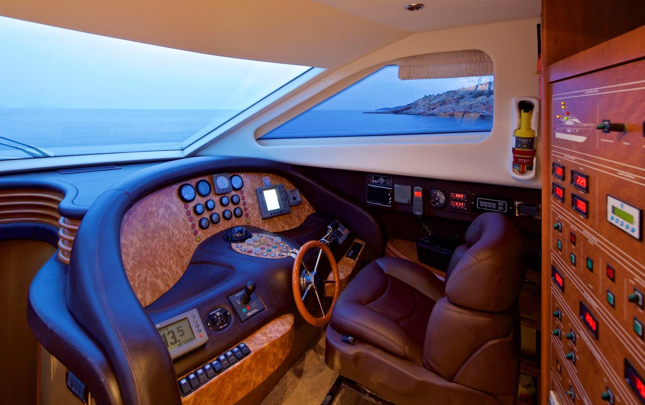 iris azimut motor yacht bridge -  Valef Yachts Chartering - 4524