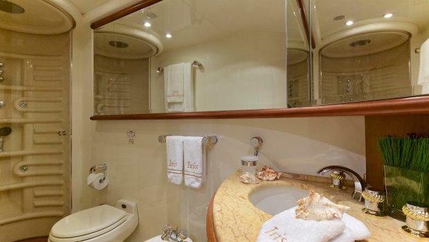 iris azimut motor yacht cabins and baths (3) -  Valef Yachts Chartering - 4521