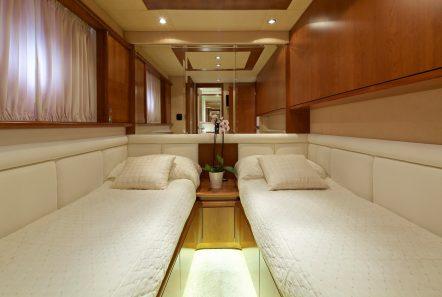 iris azimut motor yacht cabins and baths (8) -  Valef Yachts Chartering - 4516