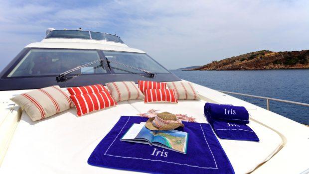 iris azimut motor yacht fore2 -  Valef Yachts Chartering - 4499