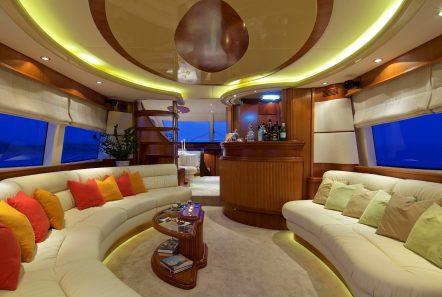 iris azimut motor yacht salon (1) -  Valef Yachts Chartering - 4497