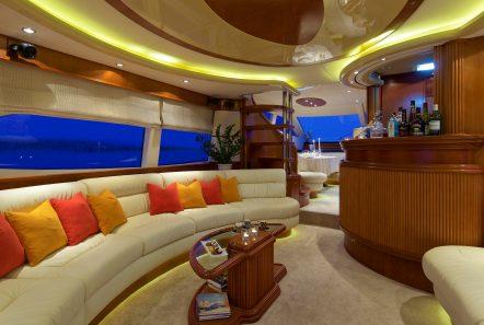 iris azimut motor yacht salon (3) -  Valef Yachts Chartering - 4495