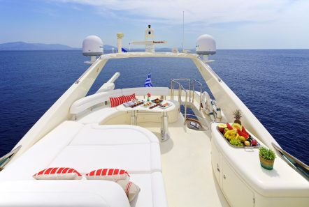 iris azimut motor yacht sundeck (1) -  Valef Yachts Chartering - 4493