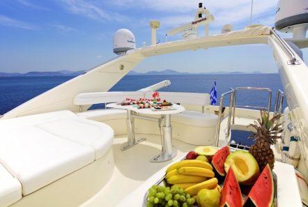 iris azimut motor yacht sundeck (3) -  Valef Yachts Chartering - 4491