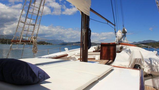 joanna k greek motor sailer fore (3) min -  Valef Yachts Chartering - 4404