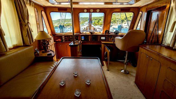 joanna k greek motor sailer salon min -  Valef Yachts Chartering - 4374